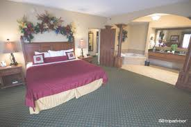 Pigeon Forge 2 Bedroom Suites The Inn At Christmas Place Pigeon Forge Tn 2017 Hotel Review