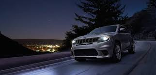 2018 jeep grand cherokee. unique cherokee 2018 jeep grand cherokee trackhawk front grille with jeep grand cherokee