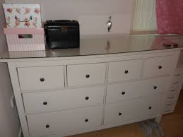 ikea hemnes large chest drawers and glass top great condition