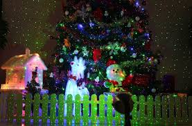 Top 10 Best Christmas Light Projectors of 2018 (Laser & LED) – Reviews