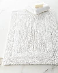 signature bath rug 20 x 30