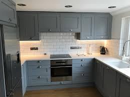 Small Modern White Latest Style Kitchen Shaker Apprenticeship Tool