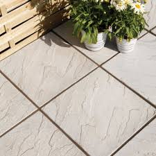 Grey Derbyshire Single Paving Slab (L)450mm (W)450mm. Grey PavingPaving  SlabsOutdoor Pavers