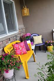 love this idea of spray painting plastic furniture bright colors