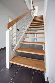Es passt hervorragend zu rustikalen einrichtungsstilen wie geländer und handlauf für die treppe oder für den balkon selber bauen. Weisse Treppen In 2020 Treppe Weiss Treppe Renovieren Treppe