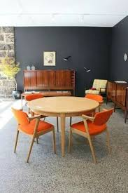 check out carefully this selection of 15 mid century modern living room designs that we collected just for you there s only one way to go mid century