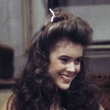 samantha micelli of who s the boss was a true hair hero and this halfup halfdown