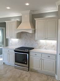 Travertine Floors In Kitchen Antiqued 4x4 Ivory Travertine Backsplash Tile Cabinet Countertop