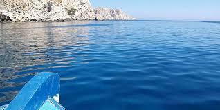 Αποτέλεσμα εικόνας για βουτια  στη θάλασσα