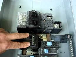 circuit breaker panel problem arcing between busbar and breaker Inside Of Fuse Box 240v 30 Amp Burned circuit breaker panel problem arcing between busbar and breaker heating and melting plastic