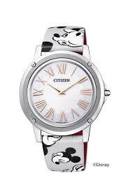 シチズン時計より歴代ミッキーマウス7種の顔入り特別刻印入り 90
