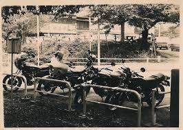 兄貴達の昭和4851年バイク乗り 昭和臭の四畳半