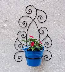 wrought iron wall bracket with