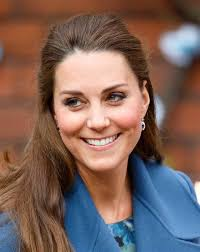 ss kate sports gray roots on feb 18 while visiting the emma bridgewater pottery factory