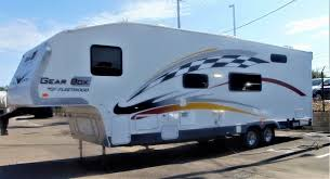 about toy hauler fleetwood rvs