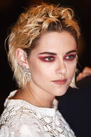 kristen stewart s red eyeshadow is the one makeup trend you ll want to try this summer