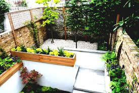 Best Garden Design With Front Of House Landscaping Ideas For