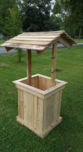 Pallet Home Wishing Well Out Of Pallets Pallet Furniture