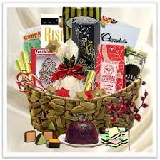 Christmas hampers under £30 for 2019. Christmas Dessert Buy Exclusive Christmas Baskets Xmas Gift Hampers For The Special Day Gift Delive Christmas Baskets Gift Hampers Christmas Gift Hampers