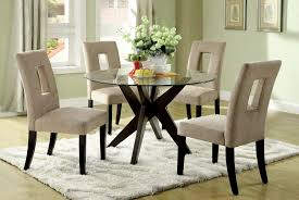small round table set