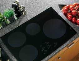 here are a few reasons that explain why flat glass cooktop ranges are a truly efficient kitchen utility