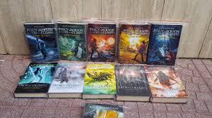 Entro nel mondo di Percy Jackson e gli dei dell'Olimpo:NUOVI LIBRI  ACQUISTATI - YouTube