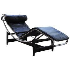 lc4 lounge chair le corbusier cassina at 1stdibs