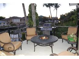 418 trade winds ave naples fl 34108