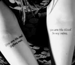 Tattoo Am Unterarm Mit Spruch Für Frau Escritos Corporales