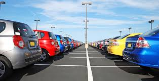 the florida department of highway safety and motor vehicles division of motorist services igns licensing periods for each type of auto dealer license
