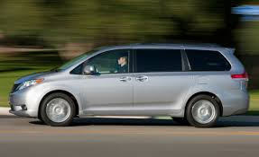 2011 Toyota Sienna XLE AWD – Instrumented Test – Car and Driver