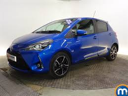 Used or Nearly New TOYOTA YARIS 1.5 Hybrid Design 5dr CVT Blue for ...