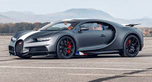 The car's lightweight and enhanced aerodynamic features are proved to be very helpful on the race track. Bugatti Chiron Sport Les Legendes Du Ciel Honors 20th Century Daredevils Carscoops