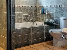 bathtub and tiles resurfacing