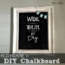 Two It Yourself: Bathroom Wall Art: Old Picture Frame to Chalkboard