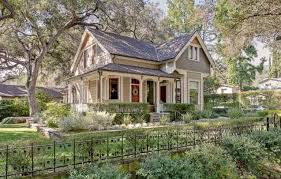 Small Picture A Victorian Cottage For Sale in Pasadena Hooked on Houses