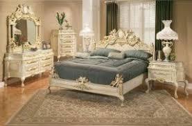 Simple Antique White Bedroom Furniture Set For Design Inspiration