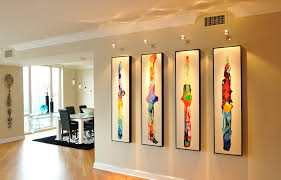 Wall art lighting ideas Canvas Wall Tips From Art Lighting Expert David Munson Canvas Blog By Saatchi Art Canvas Saatchi Art Tips From Art Lighting Expert David Munson Canvas Blog By