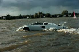 lamborghini countach water car