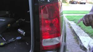 2006 Honda Pilot Brake Light Bulb Replacement How To Change The Tail Light Lens And Bulbs In A 2009 2011 Honda Pilot