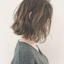 ボブポニーテールがルーズでかわいい髪型簡単アレンジご紹介