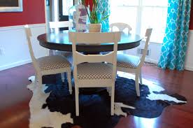 Botanical Rug In Dining Room Guestpost Thoughts On Dining Room - Dining room rug round table