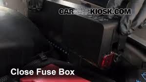 replace a fuse 1995 2005 chevrolet cavalier 2002 chevrolet Cavalier Fuse Box 6 replace cover secure the cover and test component 2004 cavalier fuse box diagram