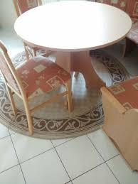 Eckbank Mit Rundem Tisch