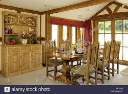 Moderner Landhausstil Holztisch Und Stuumlhlen Im Modernen