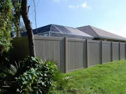 Multi Vertigrain Color Rails Vinyl Privacy Fence