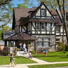 1800s Tudor home remodel