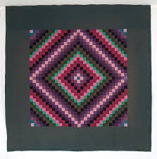292 best QUILTS AMISH & MENNONITE images on Pinterest | Amish ... & Rocky Mtn Quilts Amish Trip Around the World with Hunter Green Border Adamdwight.com
