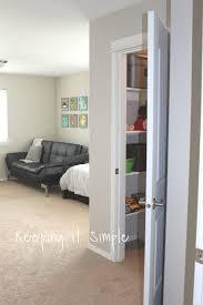 build a closet in a bedroom