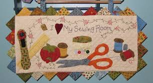 I Love My Sewing Room Quilted Wall Hanging Pattern & 🔎zoom Adamdwight.com
